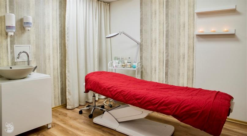 Grožio terapijos  specialistė Justė - Ugnėja grožio salone